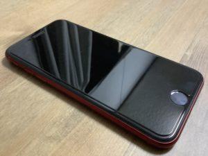 新型iPhoneSE レッド