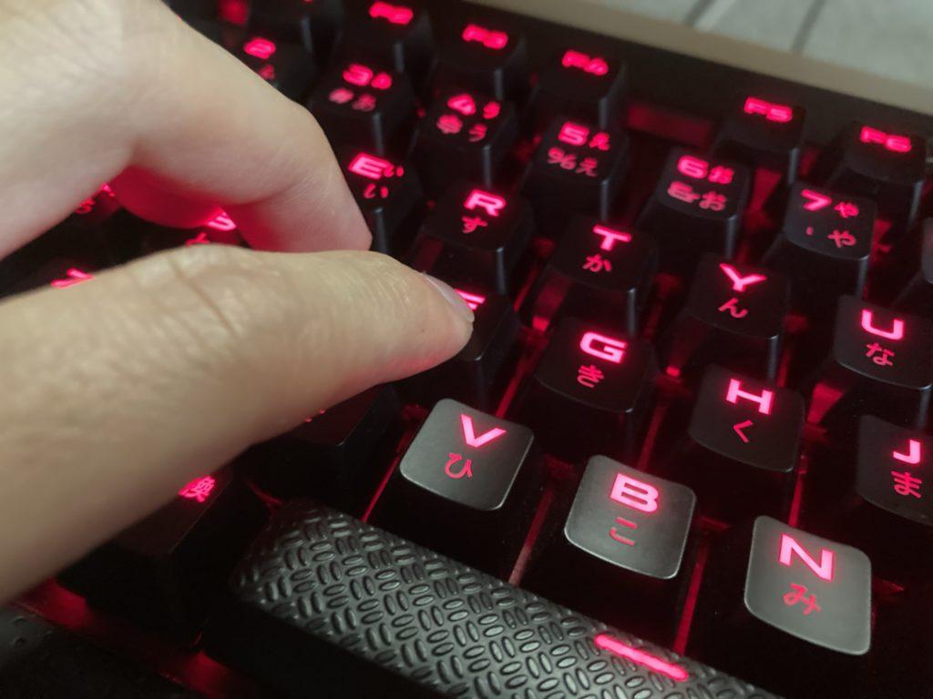 CorsairK70LUXCherryMXRedゲーミングキーボード